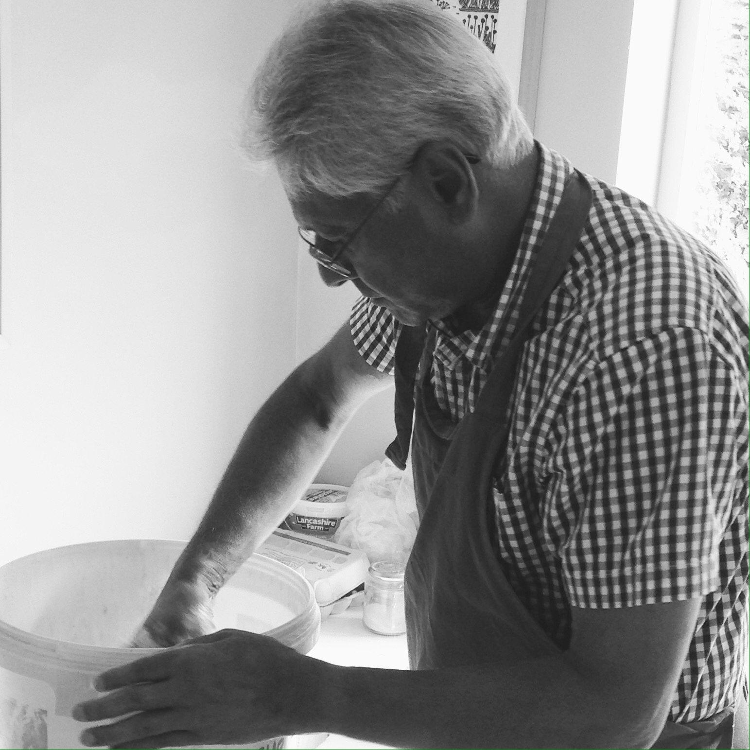 volunteer baker